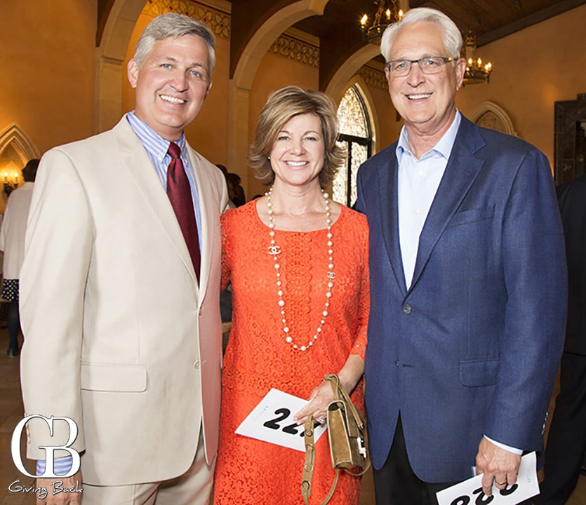 Supervisor Dave Roberts with Gina and Ray Ellis