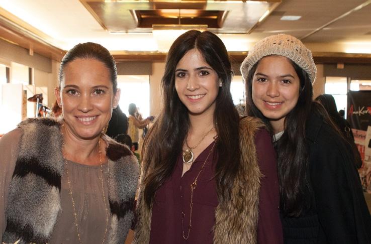 Sylvia Ortega, Anabarbara Tellez y Claudia Tellez