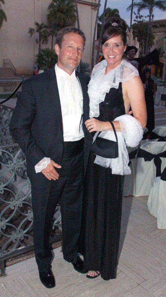 Tony and Anita Norton.JPG