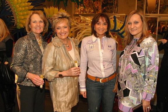 Torrie Schiller, Vicky Eddie, Eloisa Haudeschild and Gordana Gehlhausen.JPG