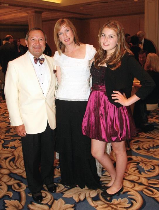 Valdemar Carvajal, Mora Keller and Isabella.JPG