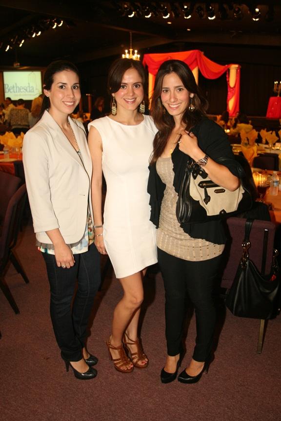 Vero Gallego, Prisilla Carrillo y Elizabeth Tapia.JPG