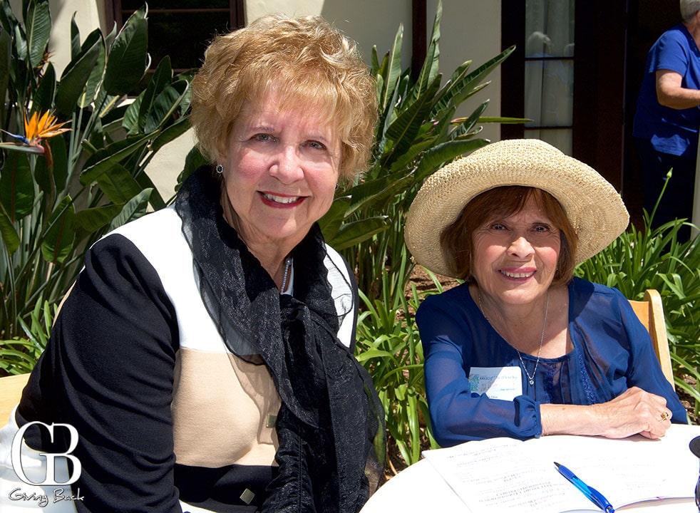 Vici Willis and Debbie Benscoter