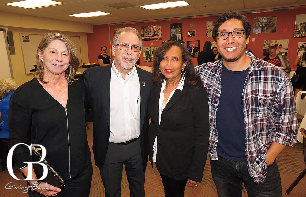 Vicki and Moises Baron  Jolyn Parker and Jesus Cisneros