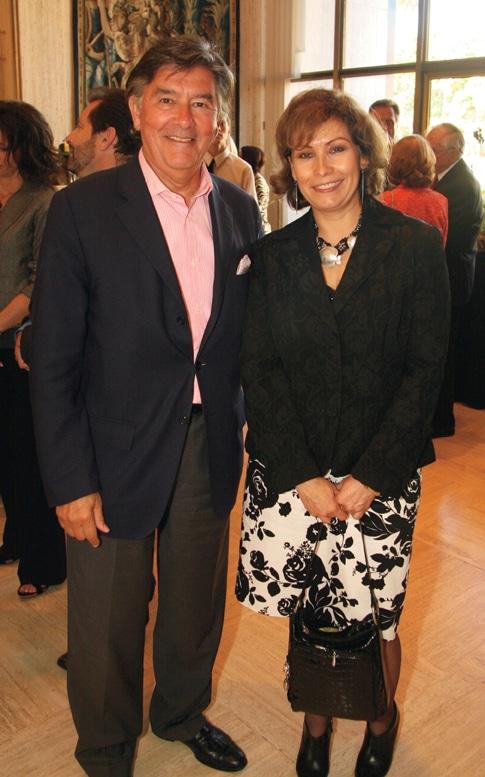 Victor Vilaplana and Consul Remedio Gomez Arnau.JPG
