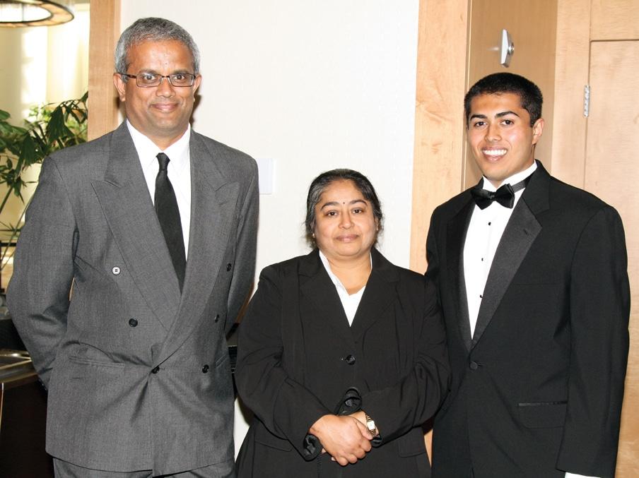 Vish, Radha and Vivek Vishwanath.JPG