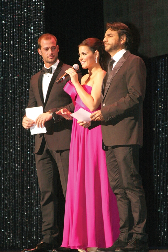 William Levy, Maite Perroni and Eugenio Derbez at the Hispanic Heritage Awards.JPG