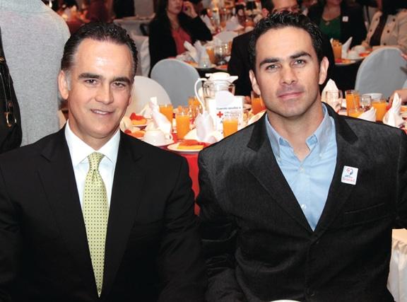 Xavier Peniche y Miguel.JPG
