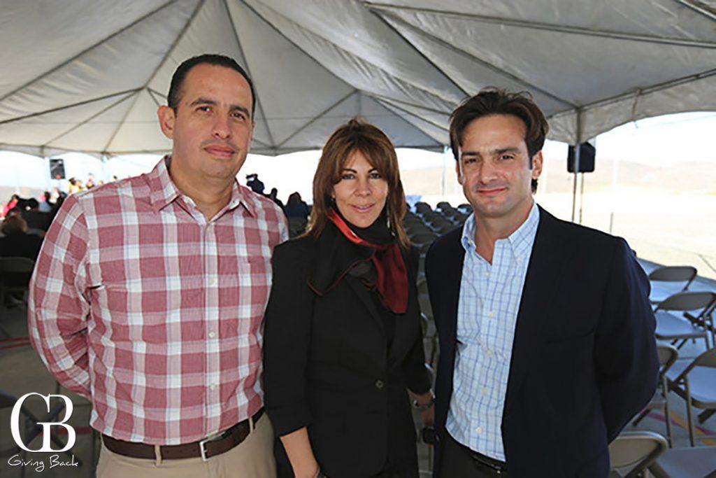 Yuri de los Andos  Martha Henao y Alejandro de las Curaien