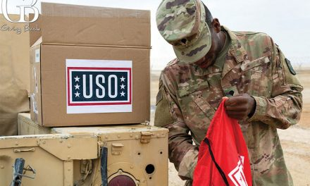 USO San Diego Gives Thanks Celebrating 80 Years